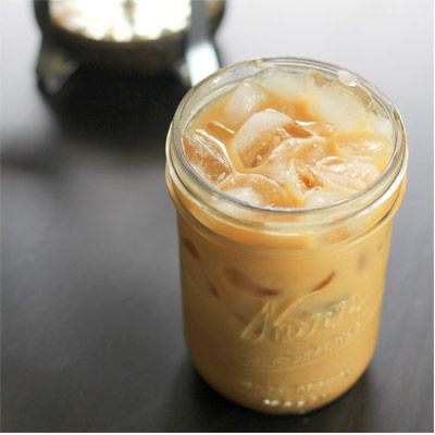 Drink, Ingredient, Peach, Recipe, Cocktail, Ice cube, Coffee milk, Drinking straw, Non-alcoholic beverage, Vietnamese iced coffee,