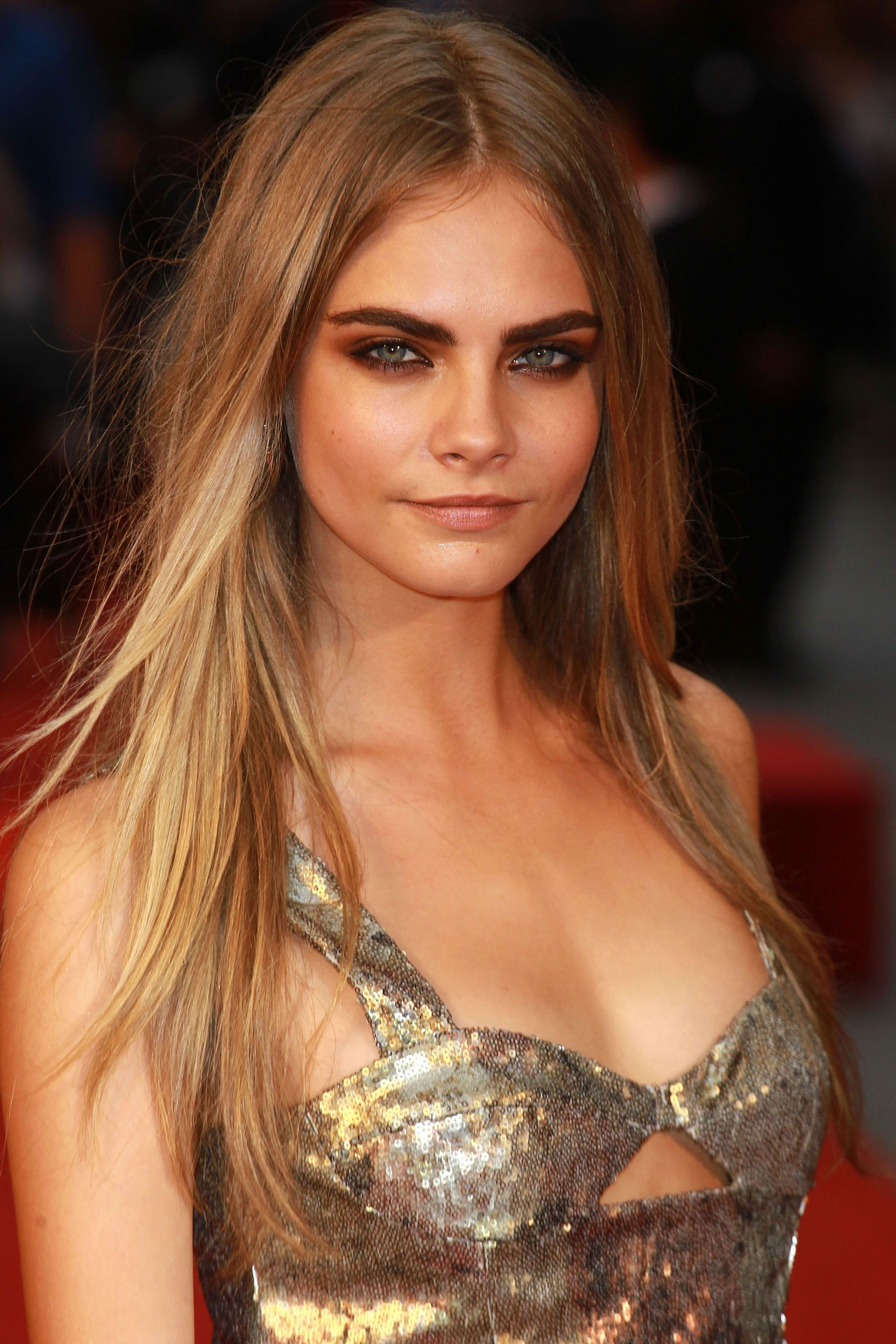 25 Stunning Photos Of Cara Delevingne Cara Delevingne Photos