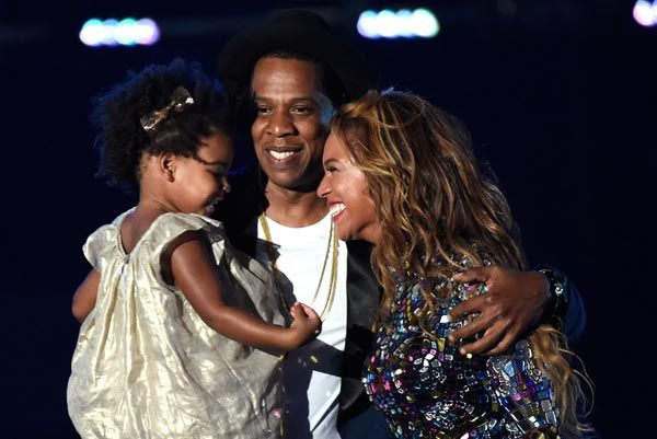Beyoncé, Jay Z and Blue Ivy On Stage Together At The VMAs Is The Cutest EVER