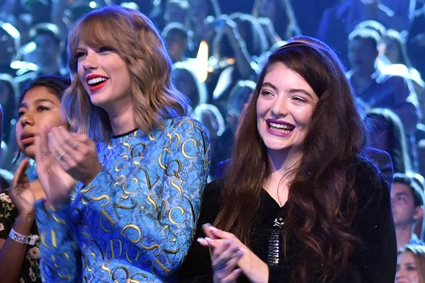 Lorde Fiercely Comes to Taylor Swift's Defense