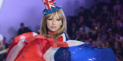 Taylor Swift Performing At Victoria's Secret Fashion Show Again