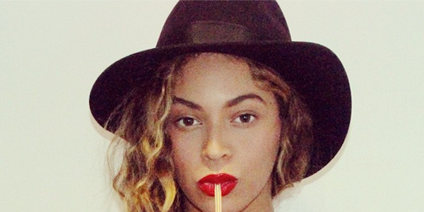 Beyonc Launches An Awesome Nail Art Collaboration-7233