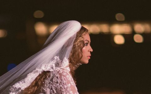 Here's What Beyonce & Jay Z's Love Looks Like On Stage