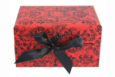 Red, Ribbon, Gift wrapping, Paper product, Pattern, Linens, Present, Rectangle, Paper, Knot,