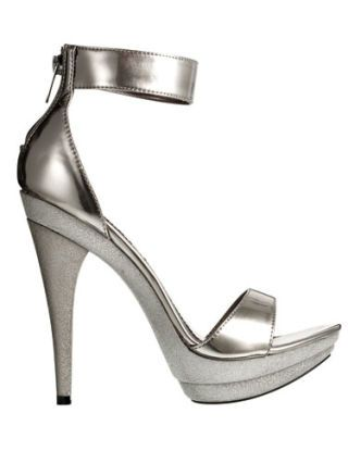 silver dereon heels