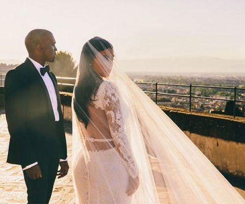 Kim kardashian wedding dresses compared to what lyrics