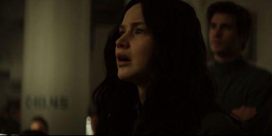 Mockingjay Clip: Katniss Can't Comprehend Seeing Peeta on TV