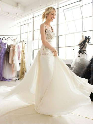 bride in marchesa gown