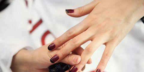 new york fashion week fall winter nail polish trends designs