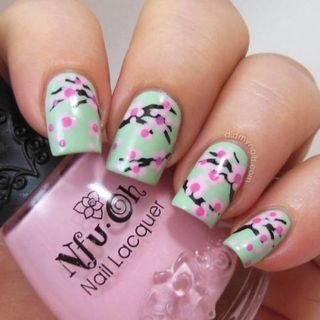 30 best spring floral nail art ideas flower nail art manicures skip ad prinsesfo Image collections