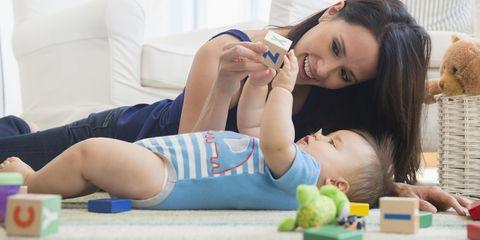 Comfort, Eyelash, Child, Wrist, Elbow, Baby & toddler clothing, Knee, Thigh, Toddler, Baby,