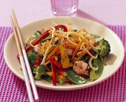 Food, Cuisine, Dishware, Produce, Salad, Tableware, Ingredient, Vegetable, Serveware, Leaf vegetable,