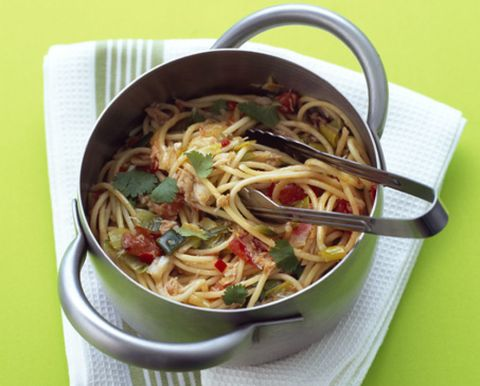 Food, Cuisine, Noodle, Ingredient, Chinese noodles, Spaghetti, Tableware, Pancit, Lo mein, Recipe,