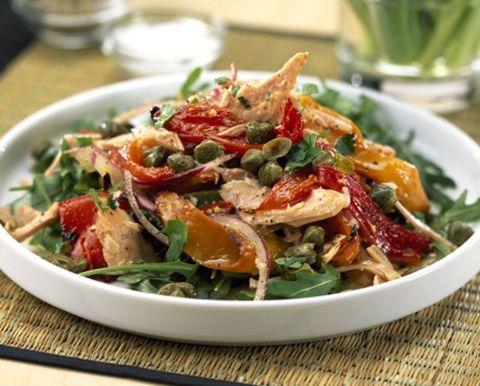 Food, Cuisine, Ingredient, Serveware, Dishware, Leaf vegetable, Salad, Tableware, Produce, Vegetable,