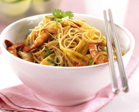 Food, Cuisine, Serveware, Noodle, Dishware, Spaghetti, Tableware, Ingredient, Chinese noodles, Pancit,