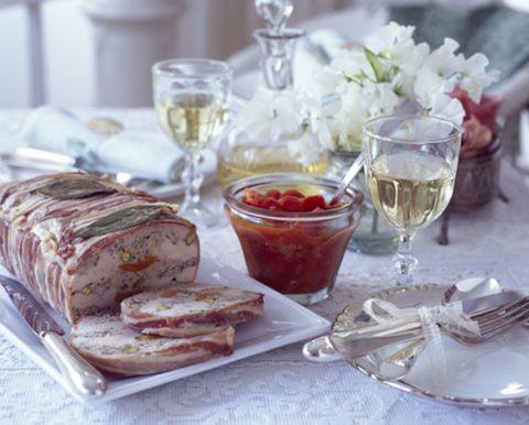 Serveware, Drinkware, Glass, Stemware, Dishware, Barware, Tableware, Drink, Food, Wine glass,