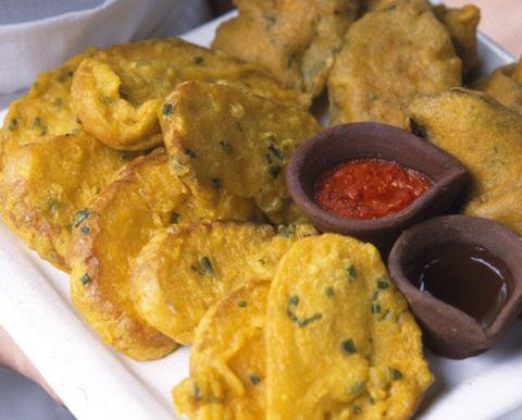 Food, Finger food, Dish, Cuisine, Recipe, Breakfast, Fried food, Condiment, Deep frying, World,