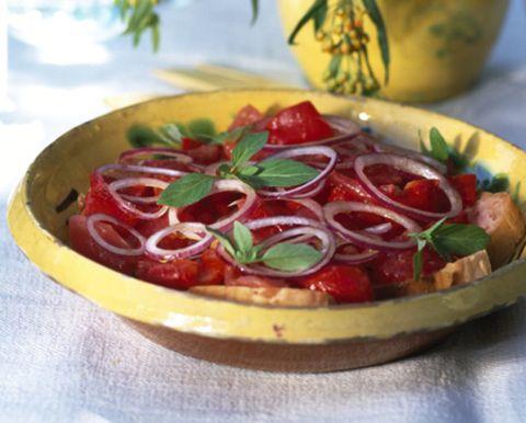Food, Serveware, Ingredient, Dishware, Tableware, Produce, Fruit, Dish, Garnish, Natural foods,