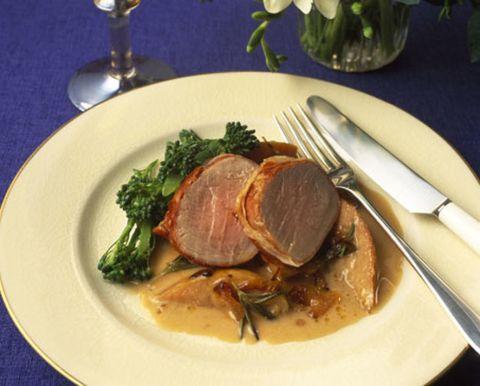 Food, Dishware, Ingredient, Meat, Cuisine, Tableware, Serveware, Pork, Produce, Plate,