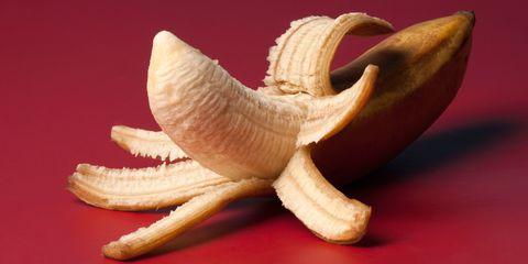 Orange, Light, Wing, Peach, Peel, Fruit, Beige, Fawn, Natural foods, Close-up,