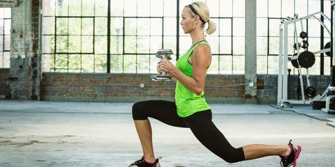 Leg, Human leg, Human body, Shoulder, Sleeveless shirt, Shoe, Sportswear, Joint, Physical fitness, Knee,