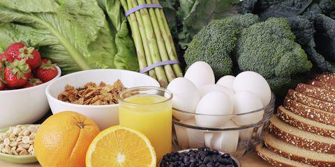Produce, Ingredient, Food, Leaf vegetable, Natural foods, Fruit, Juice, Root vegetable, Citrus, Whole food,