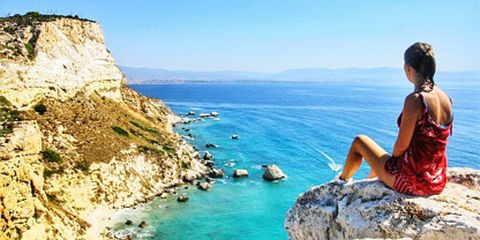 Body of water, Coastal and oceanic landforms, Coast, Water, Rock, Sea, Summer, Tourism, Bay, Terrain,