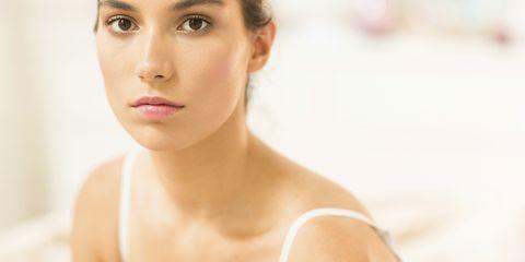 Lip, Cheek, Skin, Hairstyle, Chin, Forehead, Shoulder, Eyebrow, Eyelash, Joint,
