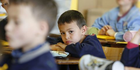 Ear, Finger, Child, Sitting, Student, Class, Learning, Education, Classroom, Buzz cut,