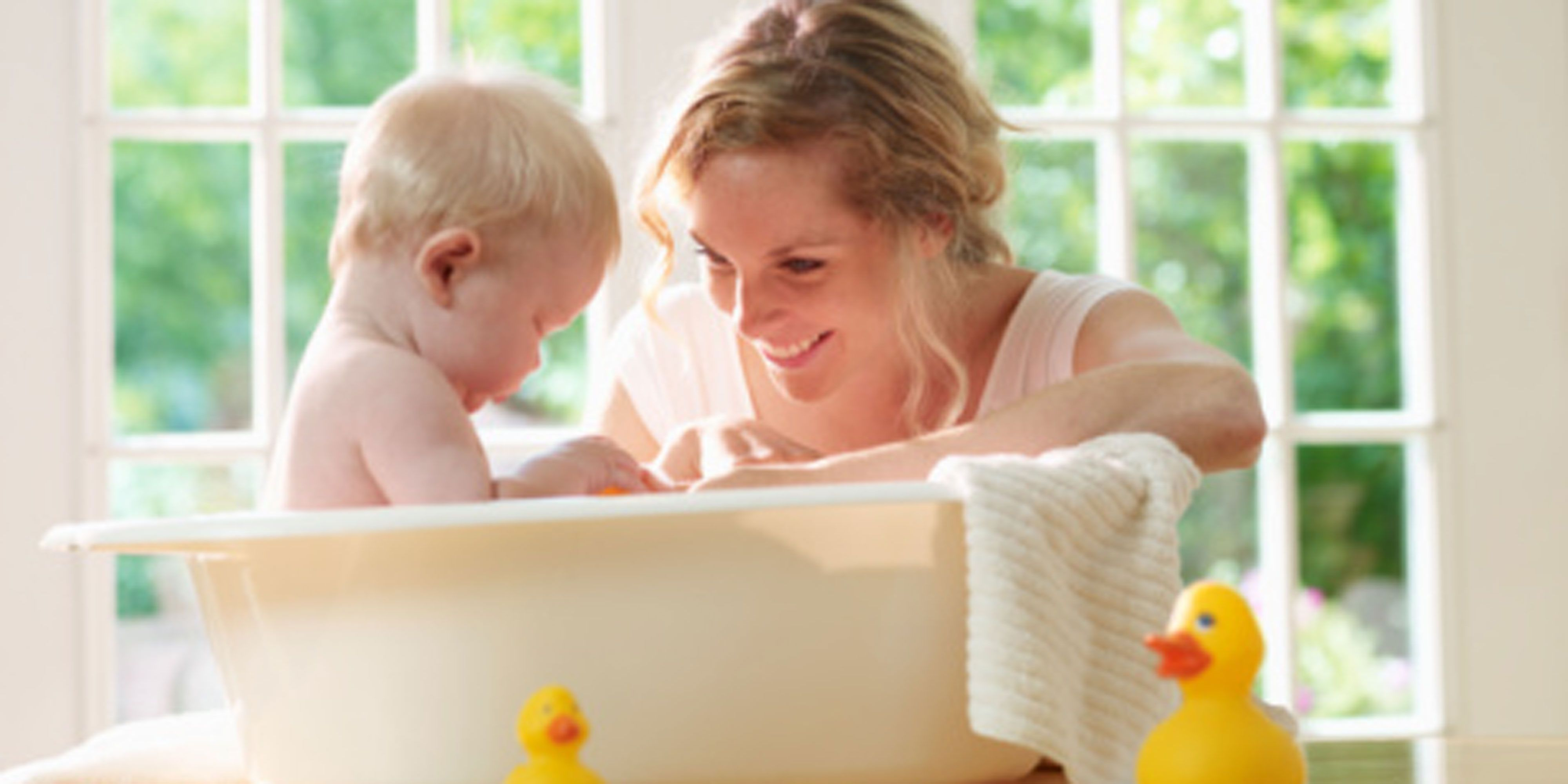 How to bathe your baby