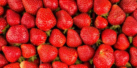 Food, Fruit, Natural foods, Sweetness, Produce, Red, Strawberry, Accessory fruit, Strawberries, Whole food,