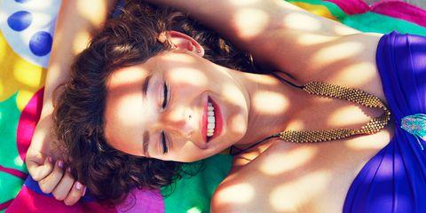 Lip, Hairstyle, Eyebrow, Eyelash, Body jewelry, Black hair, Beauty, Tooth, Nail, Model,