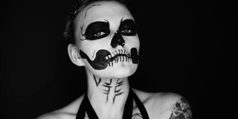 Shoulder, Style, Tattoo, Eyelash, Neck, Black, Tooth, Black-and-white, Temporary tattoo, Monochrome photography,