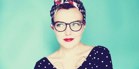 Eyewear, Vision care, Lip, Hairstyle, Forehead, Eyebrow, Pattern, Eyelash, Style, Jaw,
