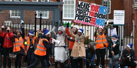 Junior doctors stage 24-hour strike in London