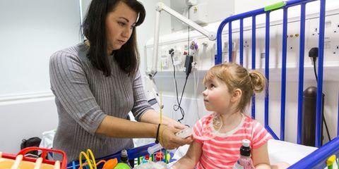 Hair, Arm, Hand, Child, Service, Toddler, Hospital, Medical equipment, Plastic bottle, Medical,