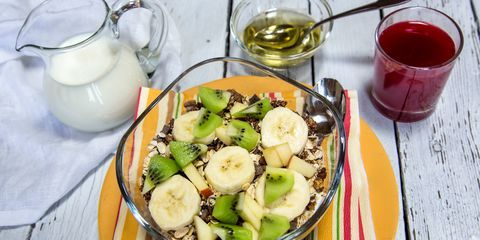 Cereal with fruit and agave syrup