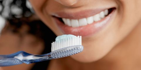 Teeth whitening: benefits, risks and best treatments
