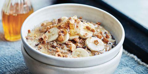 Hazelnut banana cacao porridge
