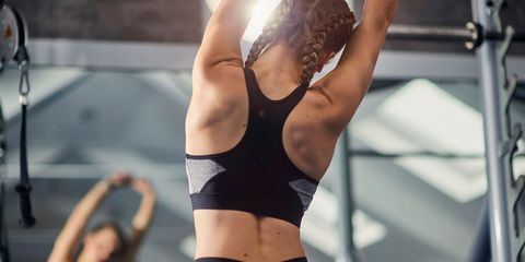 8 simple exercises for a strong and toned back