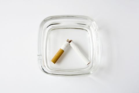 Cigarette, Tobacco products, Tobacco, Amber, Smoking accessory, Chemical compound, Smoking cessation, Ashtray, Silver, Still life photography,