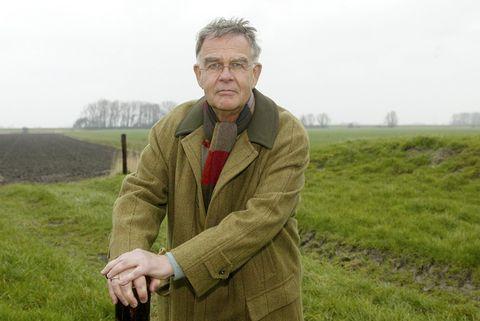 Glasses, Sleeve, Collar, Khaki, Plain, People in nature, Grassland, Jacket, Farm, Field,