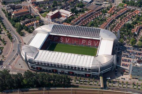 Sport venue, Urban area, Metropolitan area, Stadium, Aerial photography, City, Urban design, Residential area, Landmark, Arena,