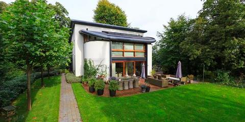 Plant, Property, Real estate, Land lot, Garden, Shrub, Roof, Lawn, Shade, Yard,