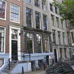 Window, Architecture, Neighbourhood, Property, Facade, Town, Urban area, Apartment, City, Building,