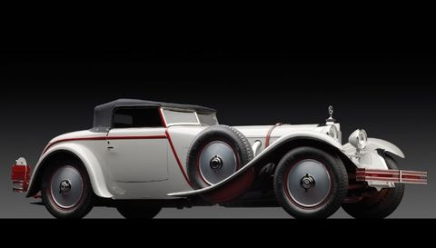 Mode of transport, Automotive design, Vehicle, Transport, Fender, Automotive lighting, Classic, Classic car, Automotive tire, Automotive wheel system,