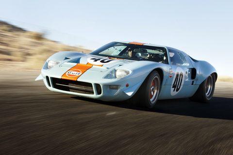 Tire, Automotive design, Vehicle, Headlamp, Car, Rallying, Performance car, Sports car, Supercar, Race car,