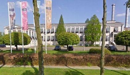 Nature, Plant, Property, Architecture, Landscape, Land lot, Real estate, Facade, Public space, Landmark,