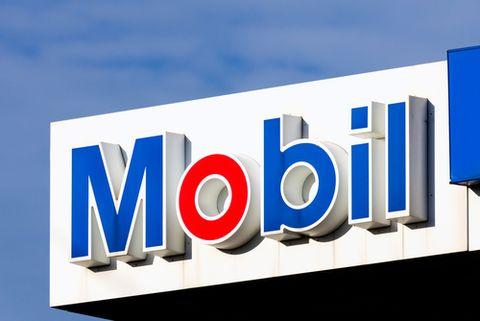 Blue, Daytime, Electric blue, Font, Majorelle blue, Azure, Signage, Gas, Rectangle, Sign,
