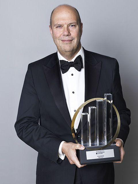 Suit, Formal wear, Tuxedo, Award, White-collar worker, Award ceremony,